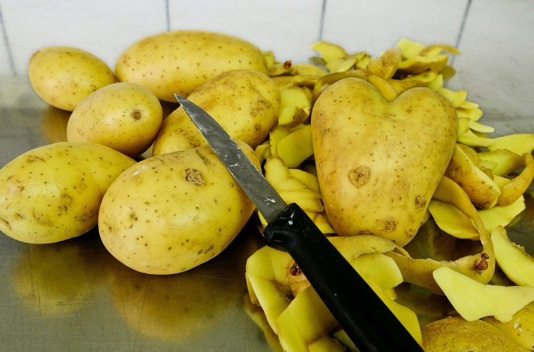 ziemniaki bez skórki