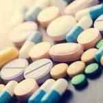 Z jakimi pokarmami nie wolno łączyć leków?